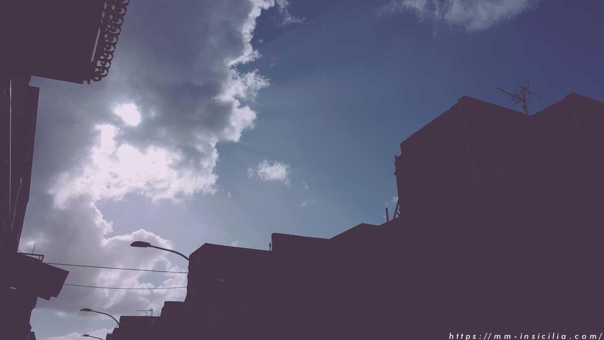 とある雨の日のシチリア市街地